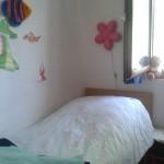 Schlafzimmer mit zwei Einzellbetten oberes Apartment