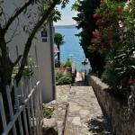 Treppe direkt zum Meer